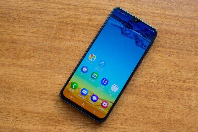 Обзор Samsung Galaxy M20: настоящая угроза для Xiaomi